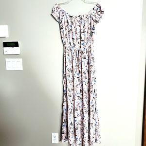 American Eagle S off shoul. Pink floral maxi dress